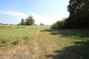 1044 Parkwood Garden, Lawrenceburg, KY 40342