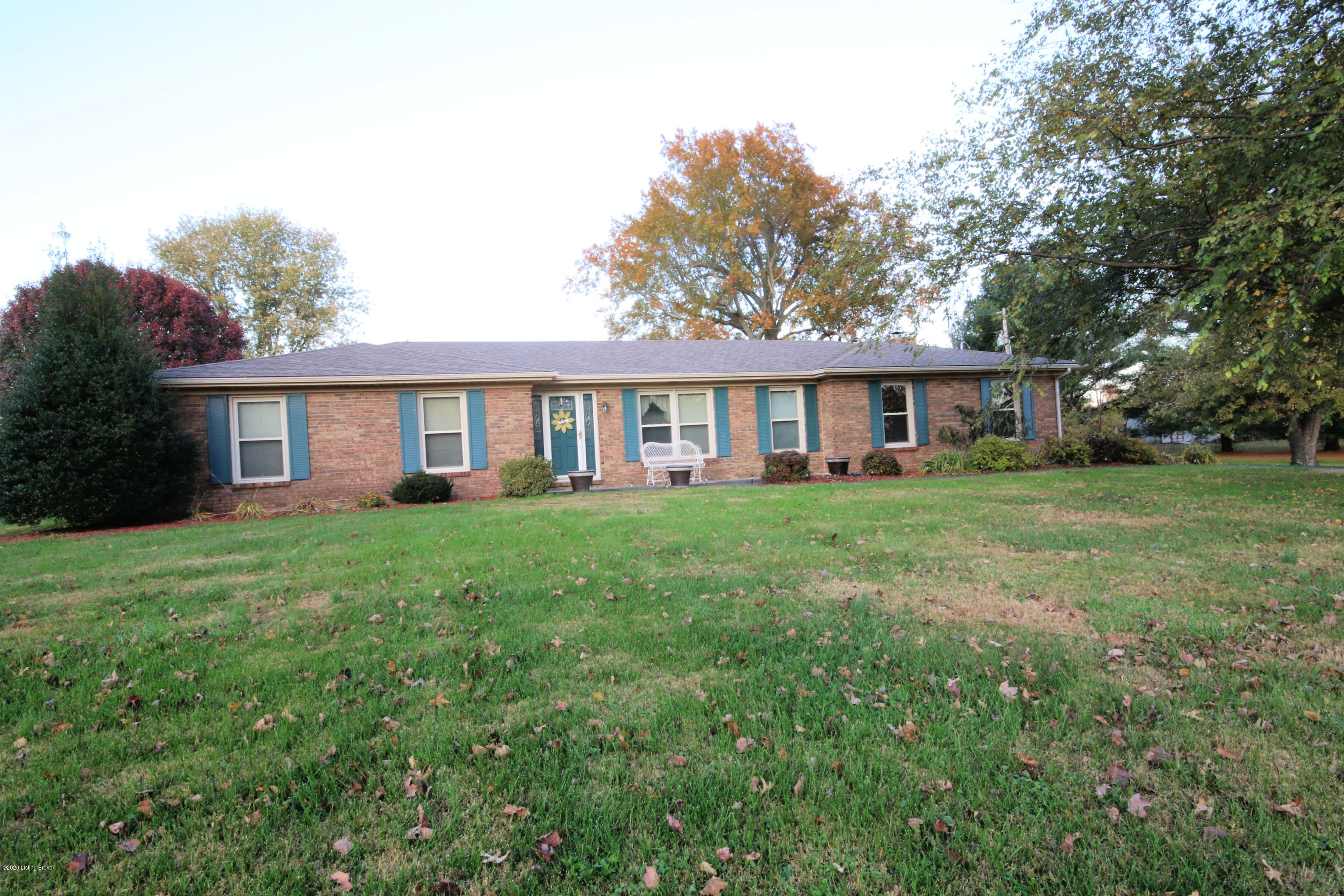 Photo of 220 Twin Eagles Ln