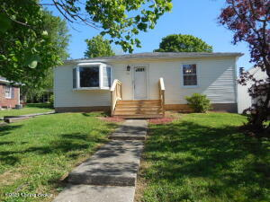 44 College St, New Castle, KY 40050