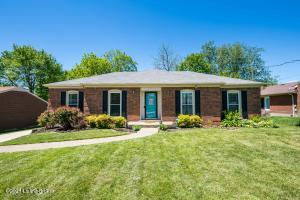5102 Stony Brook Dr, Louisville, KY 40291