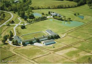 1700 Park Shore Rd, La Grange, KY 40031