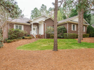 36 Talamore Dr., Southern Pines, NC 28387