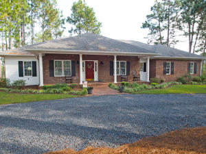 101 Dickerson Drive, West End, NC 27376