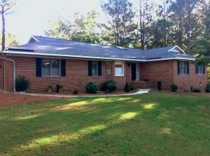 141 Edgewater Drive, West End, NC 27376
