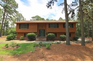 101 Pinewood Court, West End, NC 27376