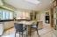 Kitchen Nook/Kitchen