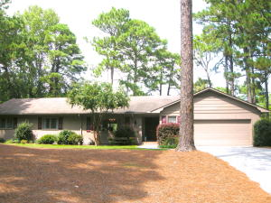 7 Crows Nest, Whispering Pines, NC 28327