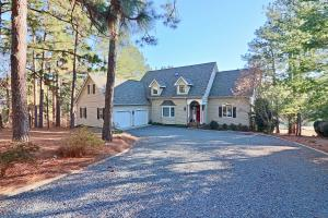 113 Anchor Point, West End, NC 27376