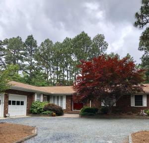 135 Pine Ridge Drive, Whispering Pines, NC 28327