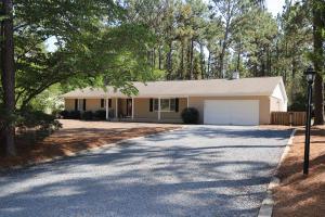 11 Bogie Drive, Whispering Pines, NC 28327