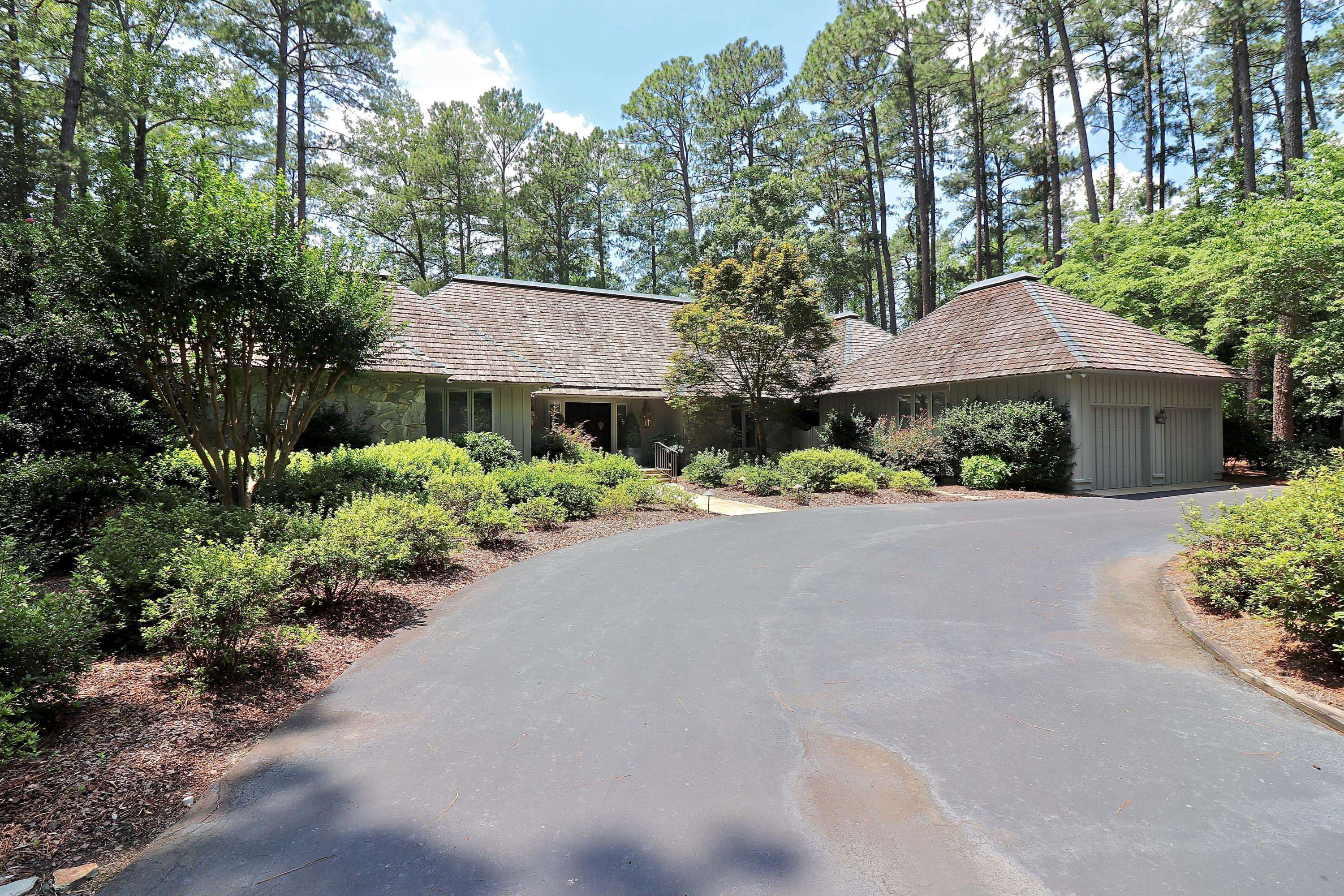 115  Apawamis Circle, Pinehurst, North Carolina