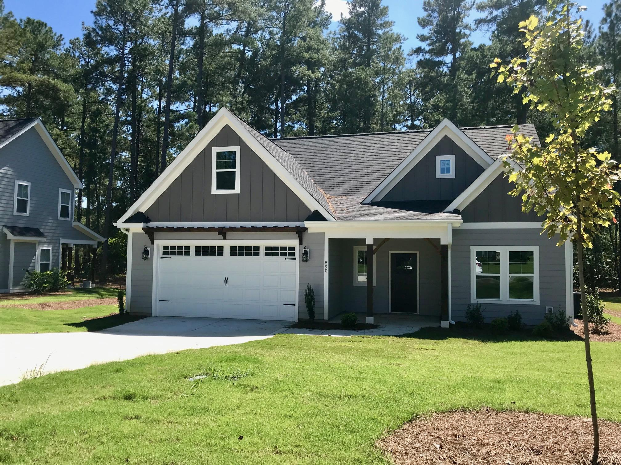 590  Legacy Lakes Way, Aberdeen, North Carolina