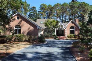 64 Pinewild Drive, Pinehurst, NC 28374