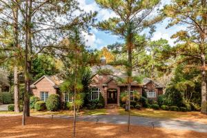 75 Oak Meadow Road, Pinehurst, NC 28374