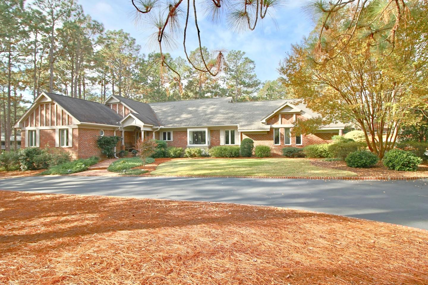 85  Bel Air Drive, Pinehurst, North Carolina
