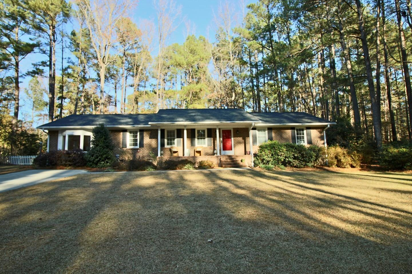 227  Heather Lane, Southern Pines, North Carolina