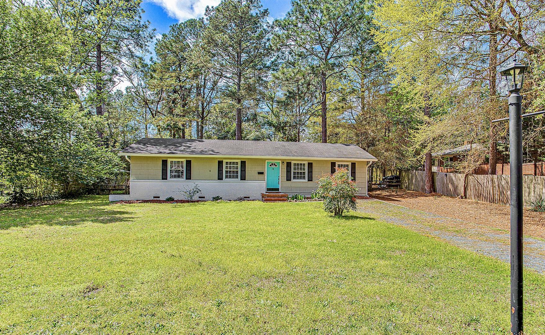 350 W Rhode Island Avenue, Southern Pines, North Carolina