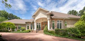64 Stoneykirk Drive, Pinehurst, NC 28374