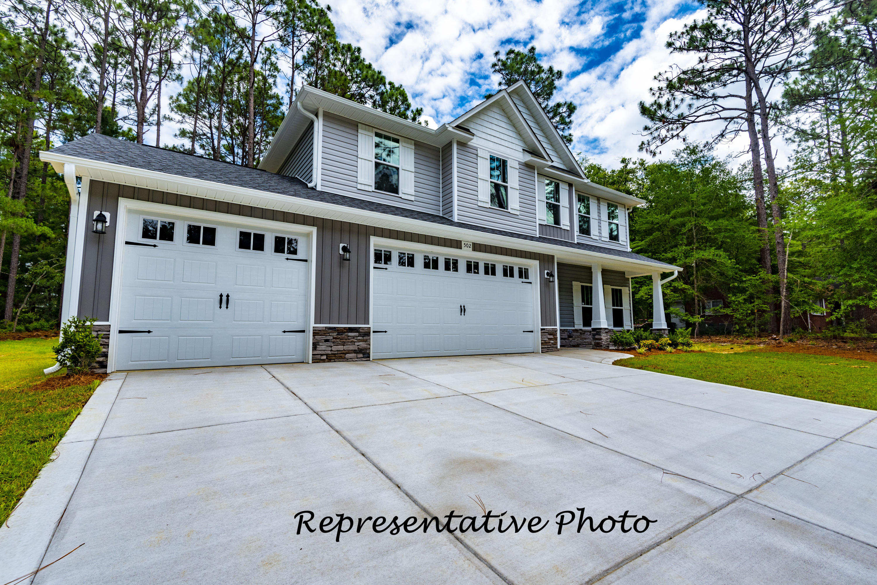 1210  Yellowwood Drive, Aberdeen, North Carolina