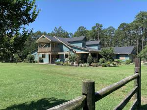 Welcome home to 3545 Youngs Road, Southern Pines