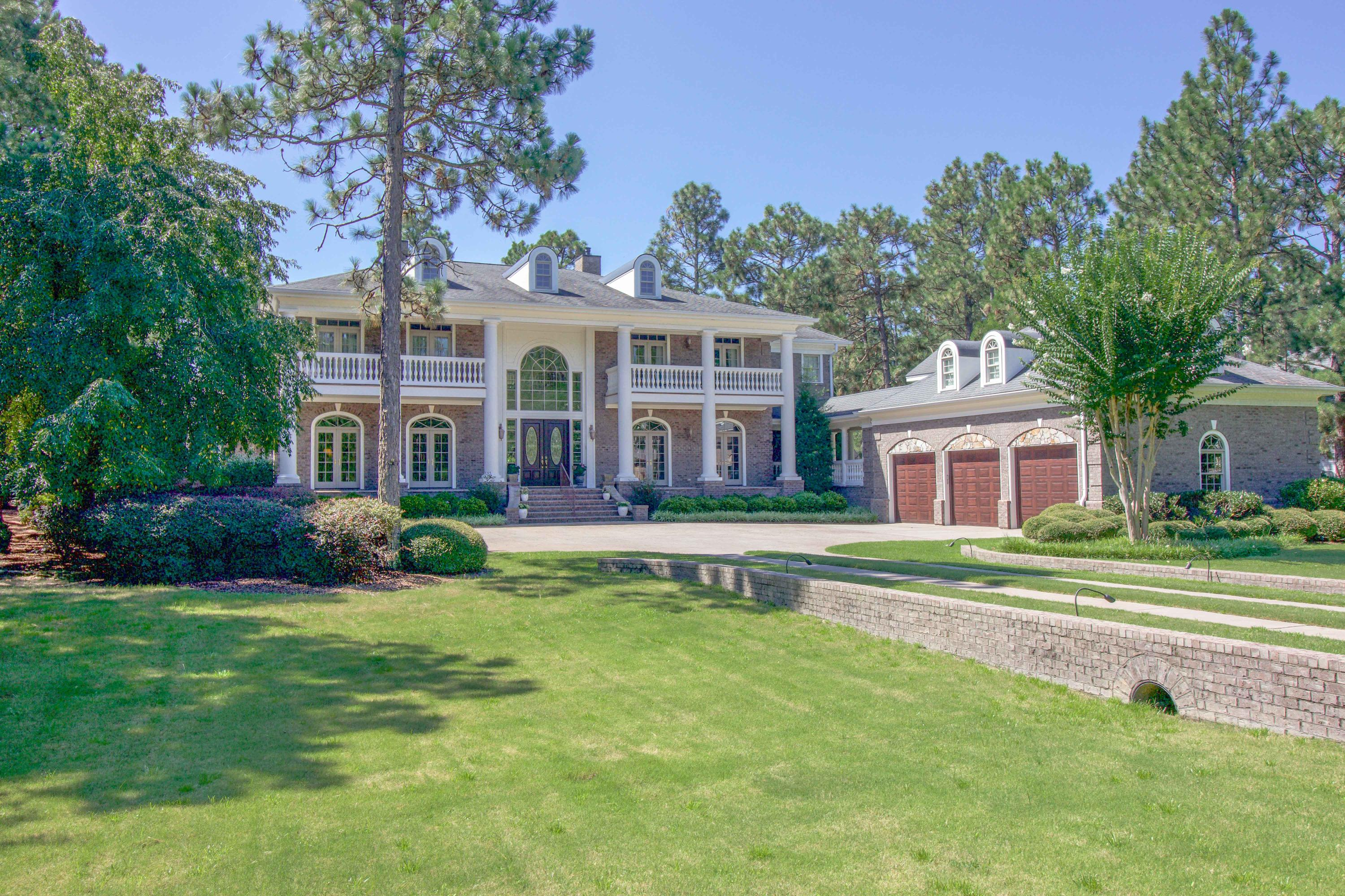 421  Meyer Farm Drive, Pinehurst, North Carolina