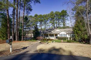 8 Hillside Drive, Foxfire, NC 27281
