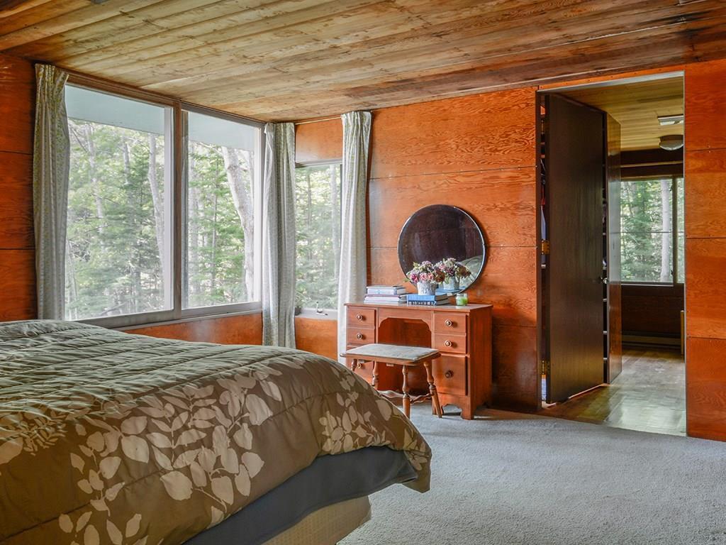Master bedroom with en-suite bath...