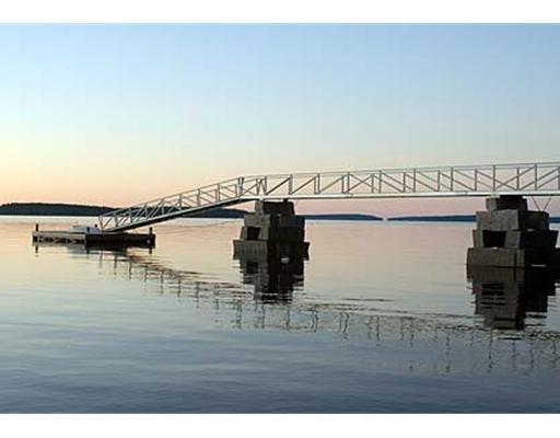 Waterfront/Dock/Pier.