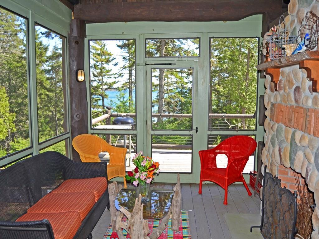 Delightful screened-in porch with...