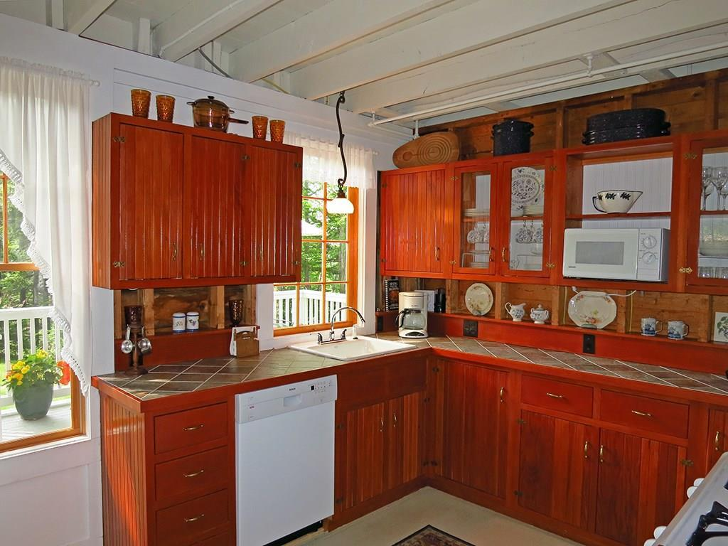 Bright and cheery kitchen