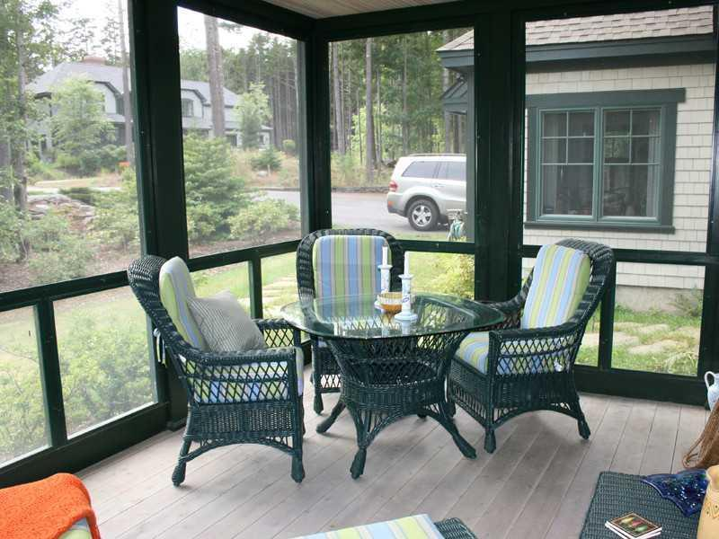 Enclosed Porch.