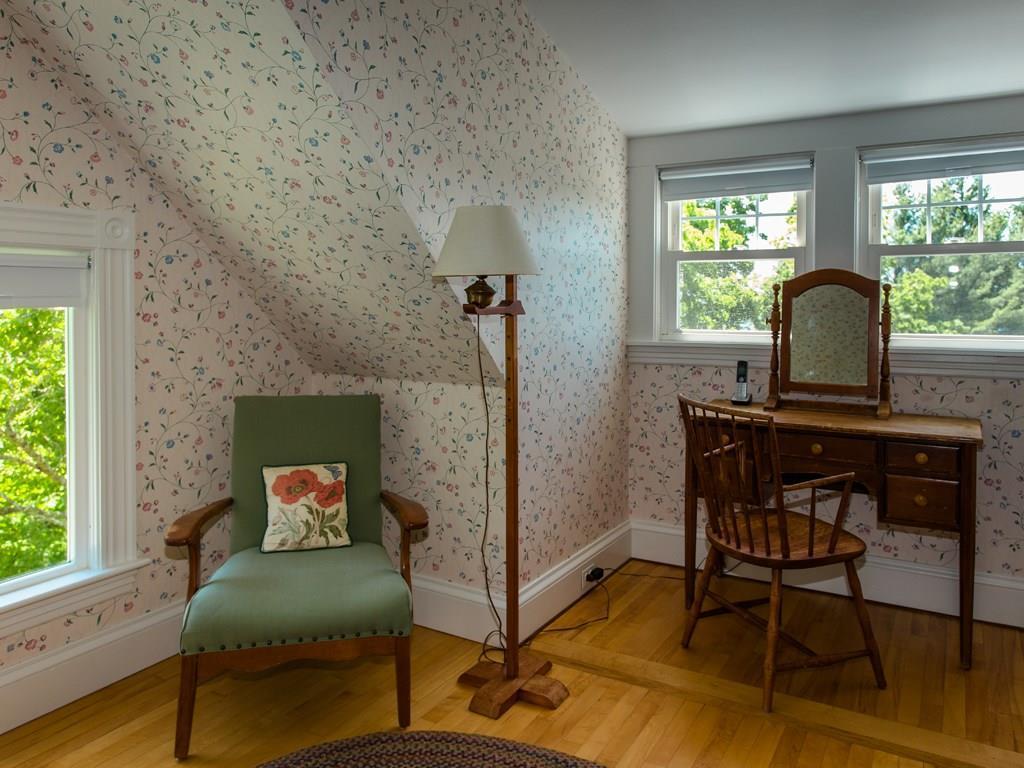 Guest Room/Suite #6
