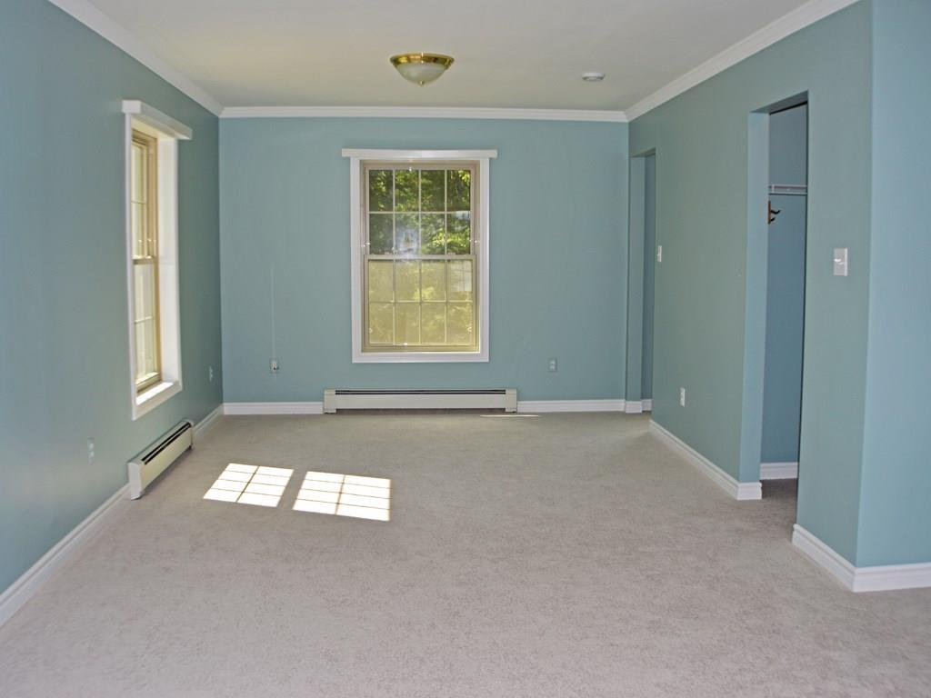The sitting area in the master suite...