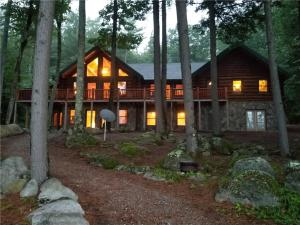 38 Fawn Lane, Bridgton, ME 04009