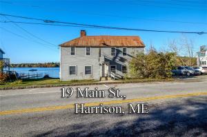 19 Main Street, Harrison, ME 04040