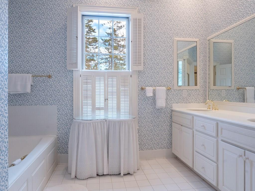 Bright and sunny bathroom