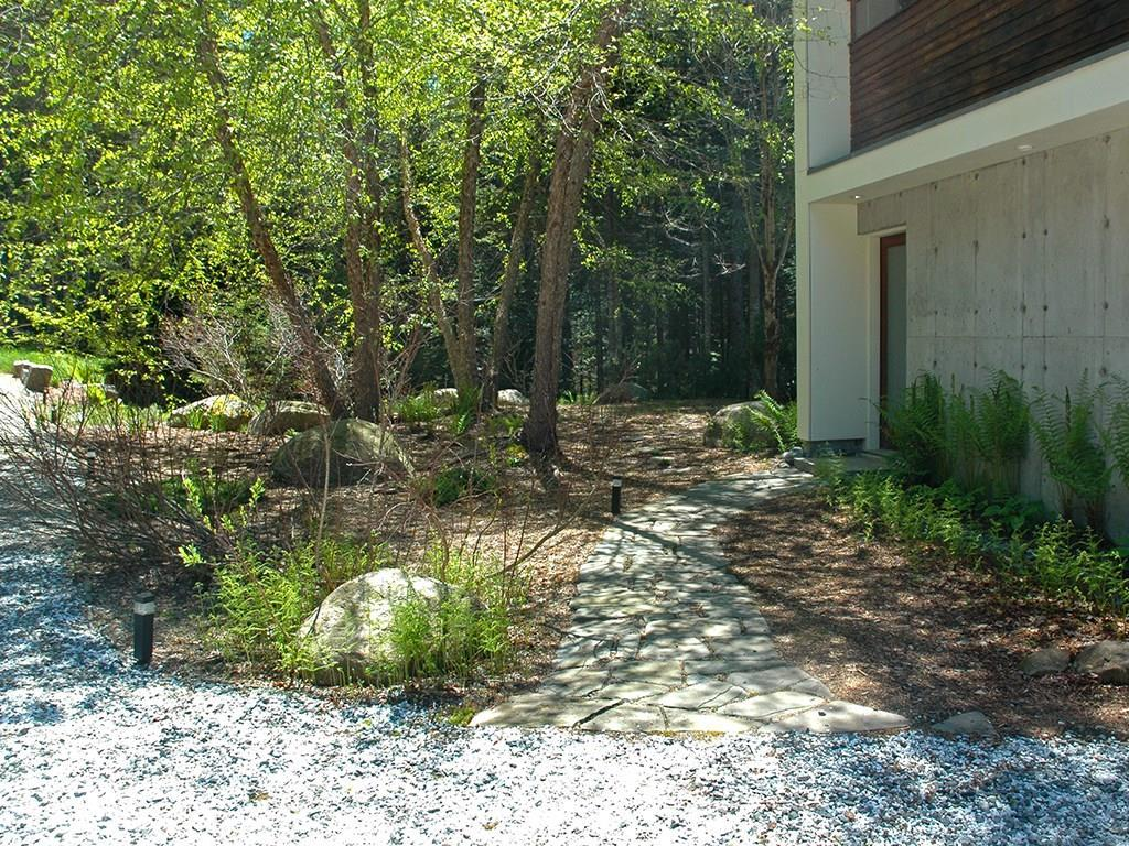 Stone walkway to the front entrance.