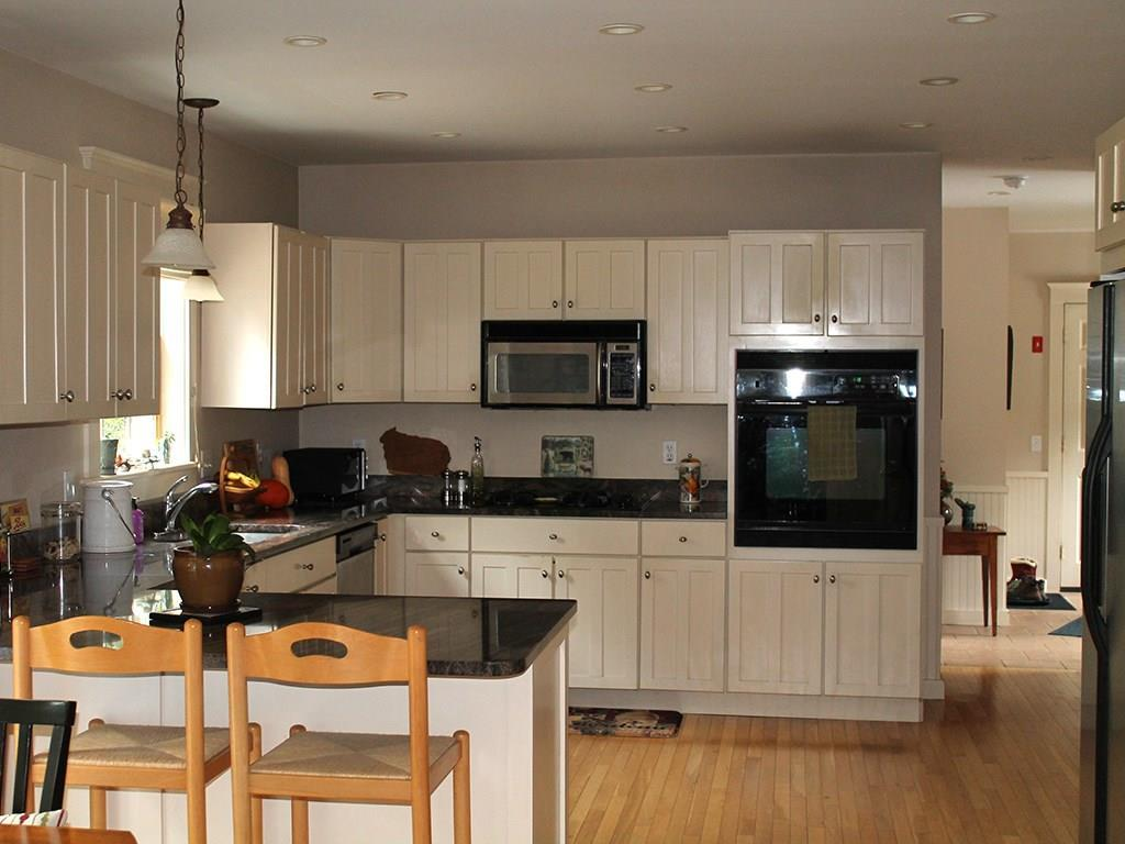 Fully equipped kitchen with...