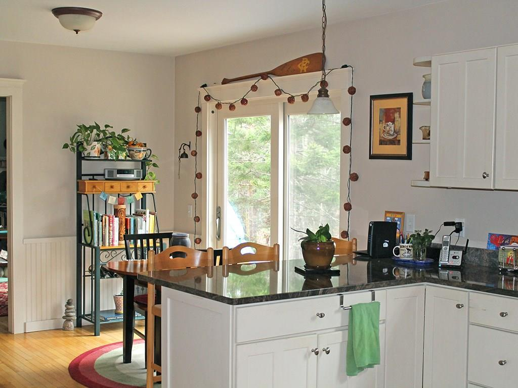 Kitchen over counter bar to...