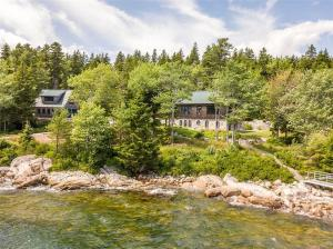 93 Ellingwood Road, Blue Hill, ME 04629