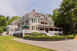 28 Harborside Road, Northeast Har, Mount Desert, ME 04662