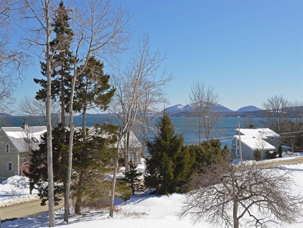 Views of Acadia mountains.