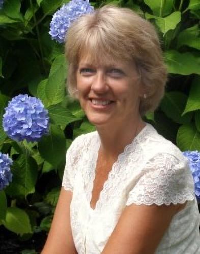 Karen Roberts agent image