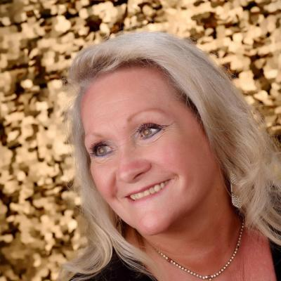 Paula Standley agent image
