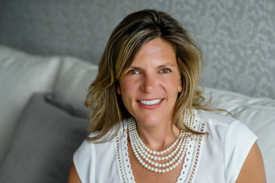 Brenda Cerino agent image