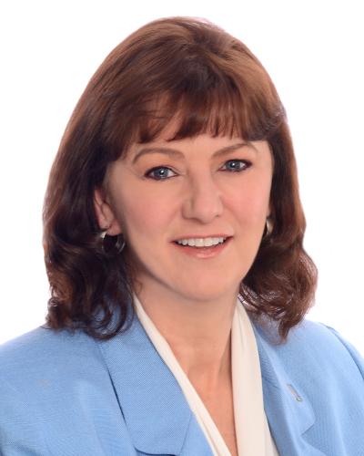 Carolyn Nilsen agent image