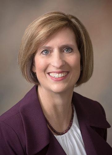 Elaine Pelletier agent image