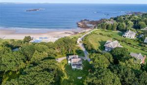 2 Seal Rock Drive, Scarborough, ME 04074