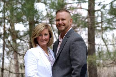 Scott Young Melissa Young agent image