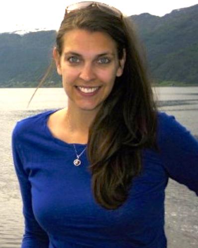 Julia Edwards agent image